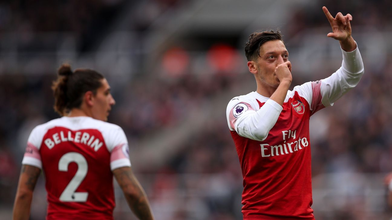 Mesut Ozil was on target as Arsenal made it three wins in a row under Unai Emery.
