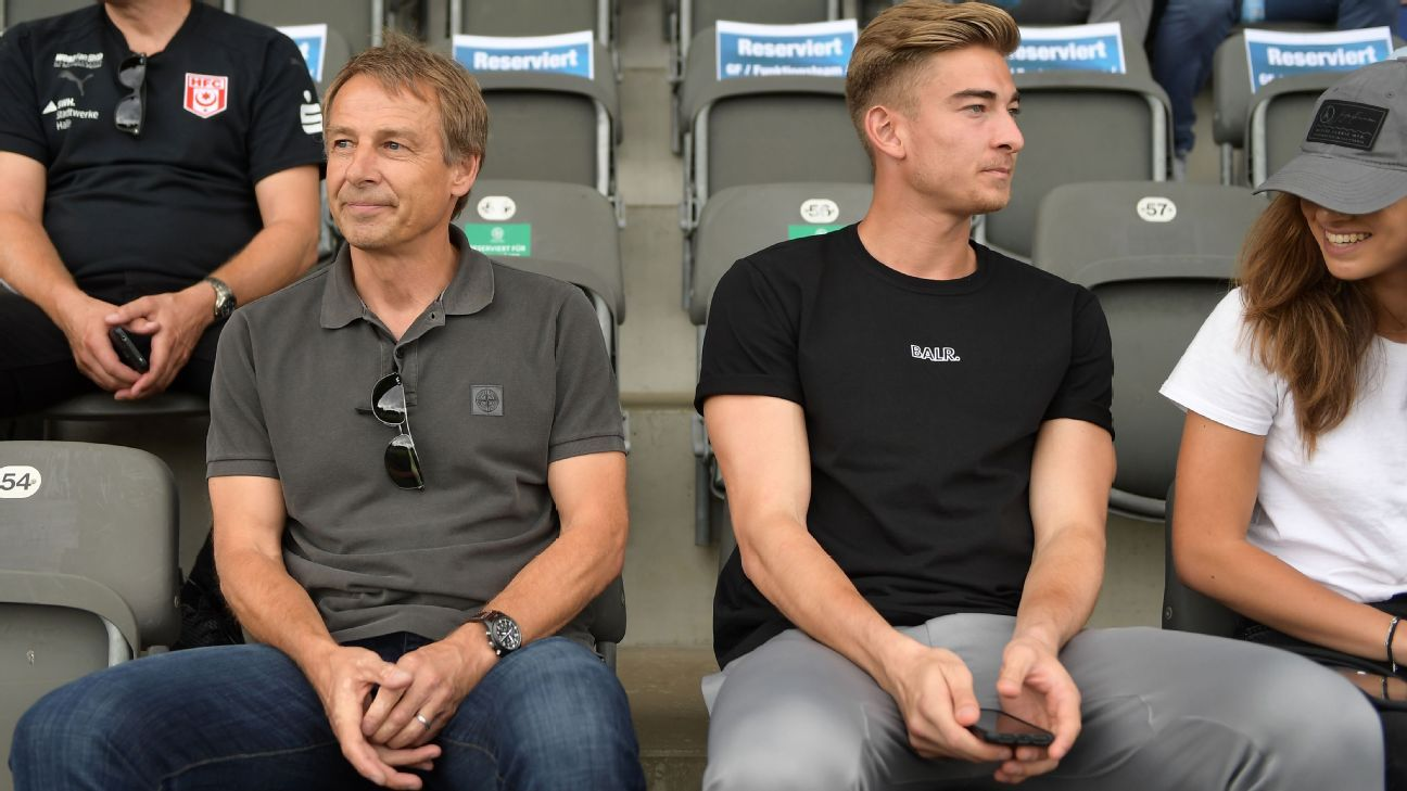 Jurgen Klinsmann's son Jonathan, right, holds both German and American citizenship.