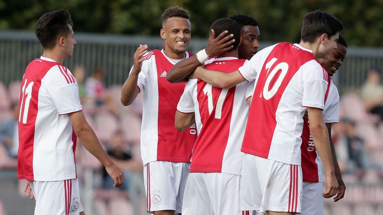 Ajax U19 beat AEK Athene U19 6-0 in UEFA Youth League
