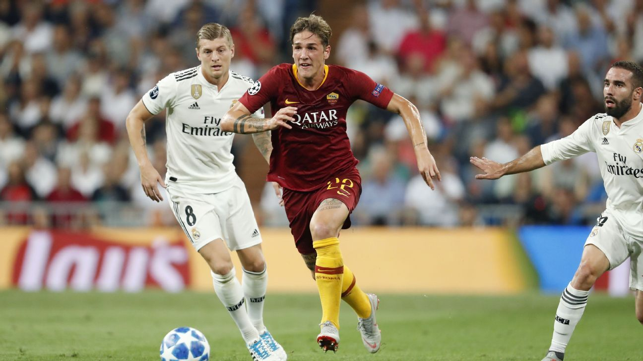 Nicolo Zaniolo in action against Real Madrid on his Roma debut
