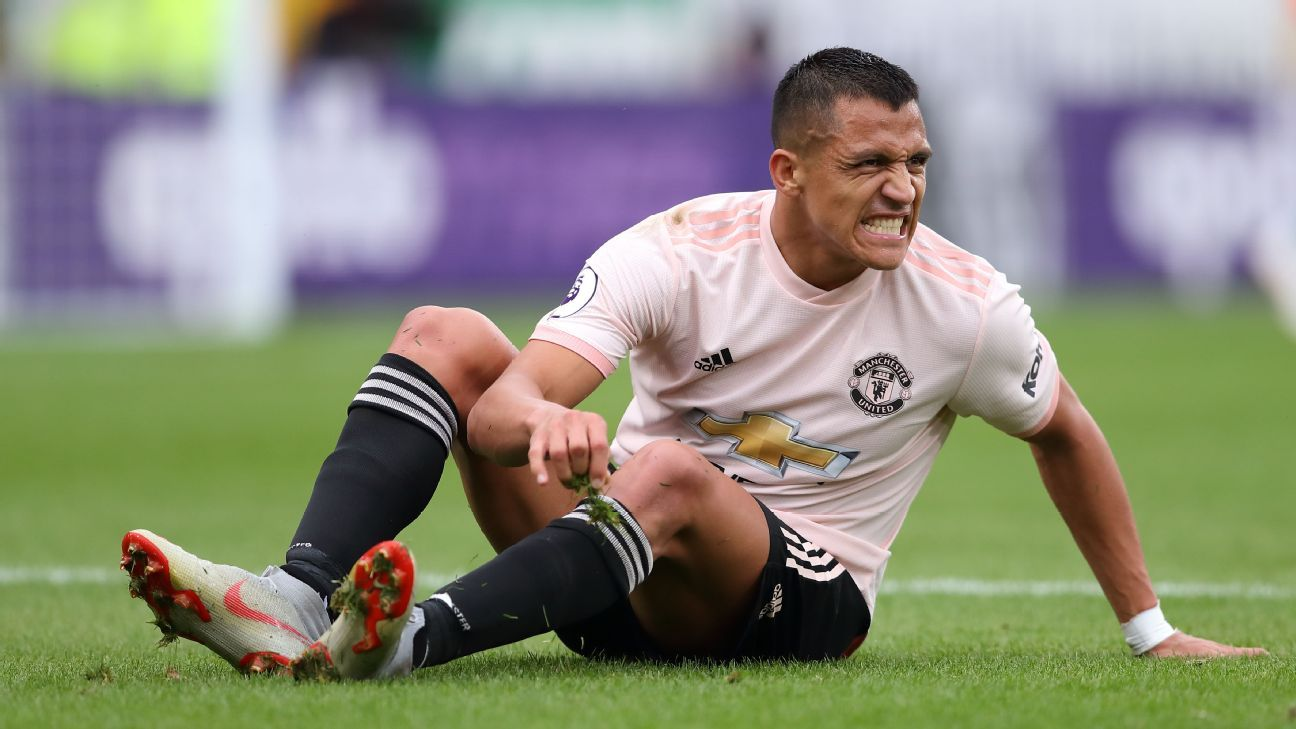 Sanchez hasn't lived up to expectations yet since moving across to Manchester United midway through last season.