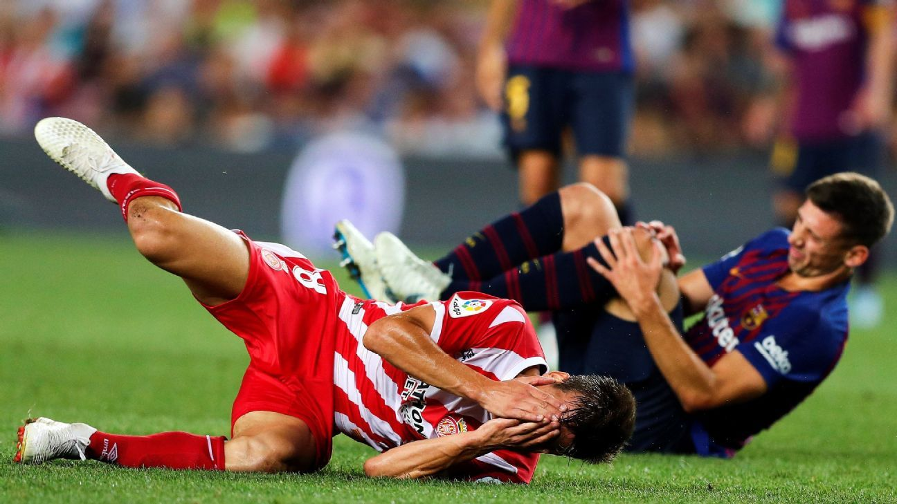 Girona player Pere Pons offered his apologies to Clement Lenglet despite it being the Barcelona defender who saw a red card in Sunday's 2-2 draw.