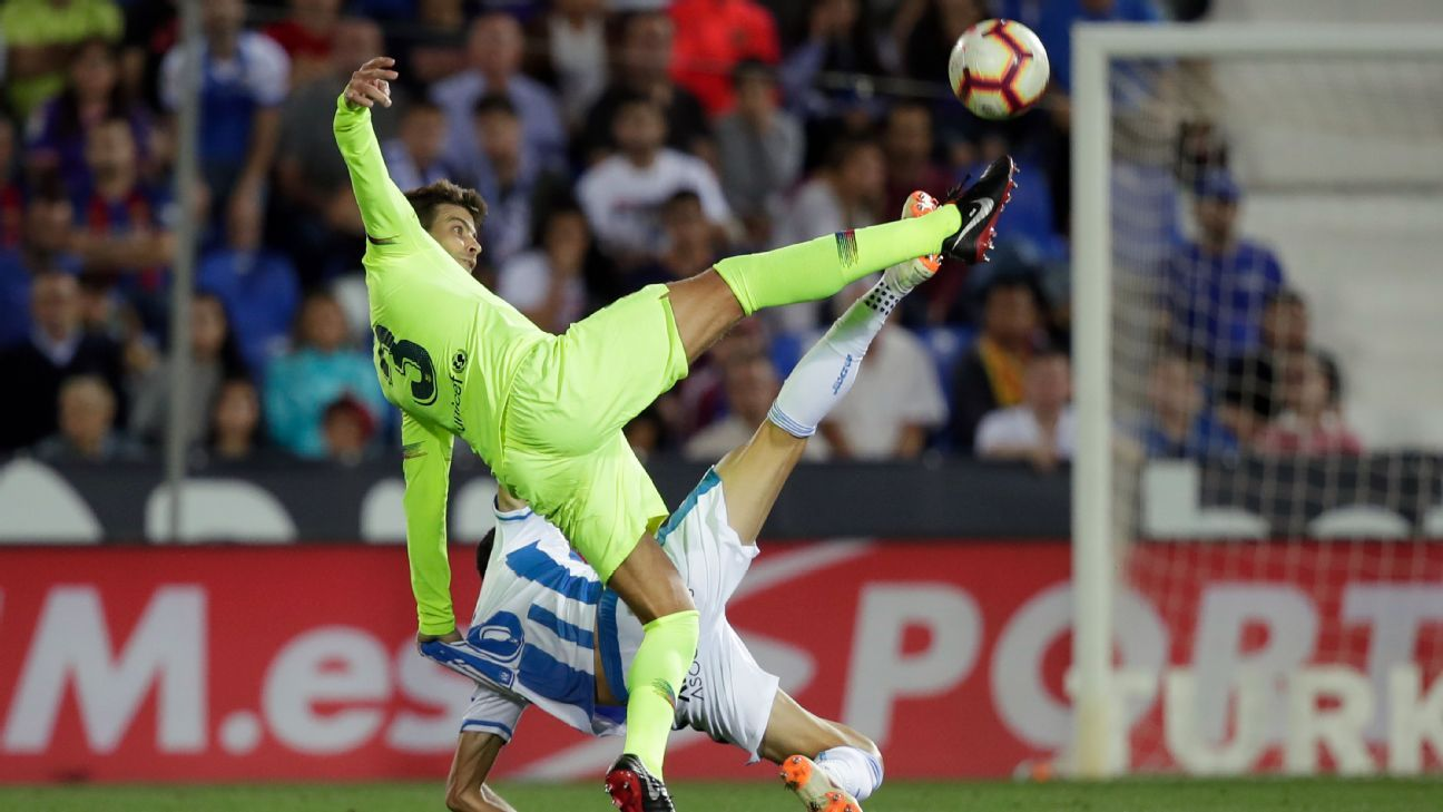 Pique's woeful form extended into the midweek clash at Leganes, with the veteran defender at fault for both goals.