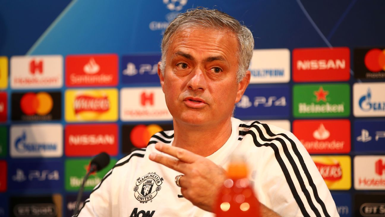 Mourinho might be acting erratically this season but Man United shouldn't make a managerial change until the end of the season.