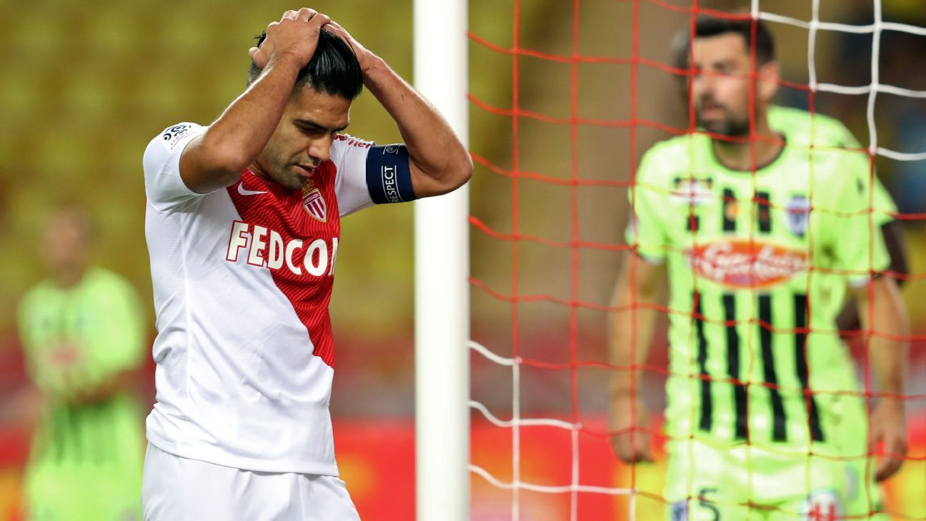 Radamel Falcao reacts during the home defeat to Angers in Ligue 1.