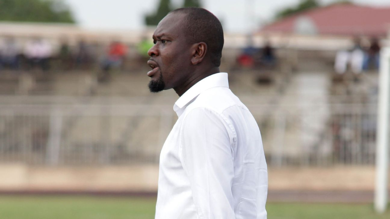 C.K. Akonnor in a Ghana Premier League bout