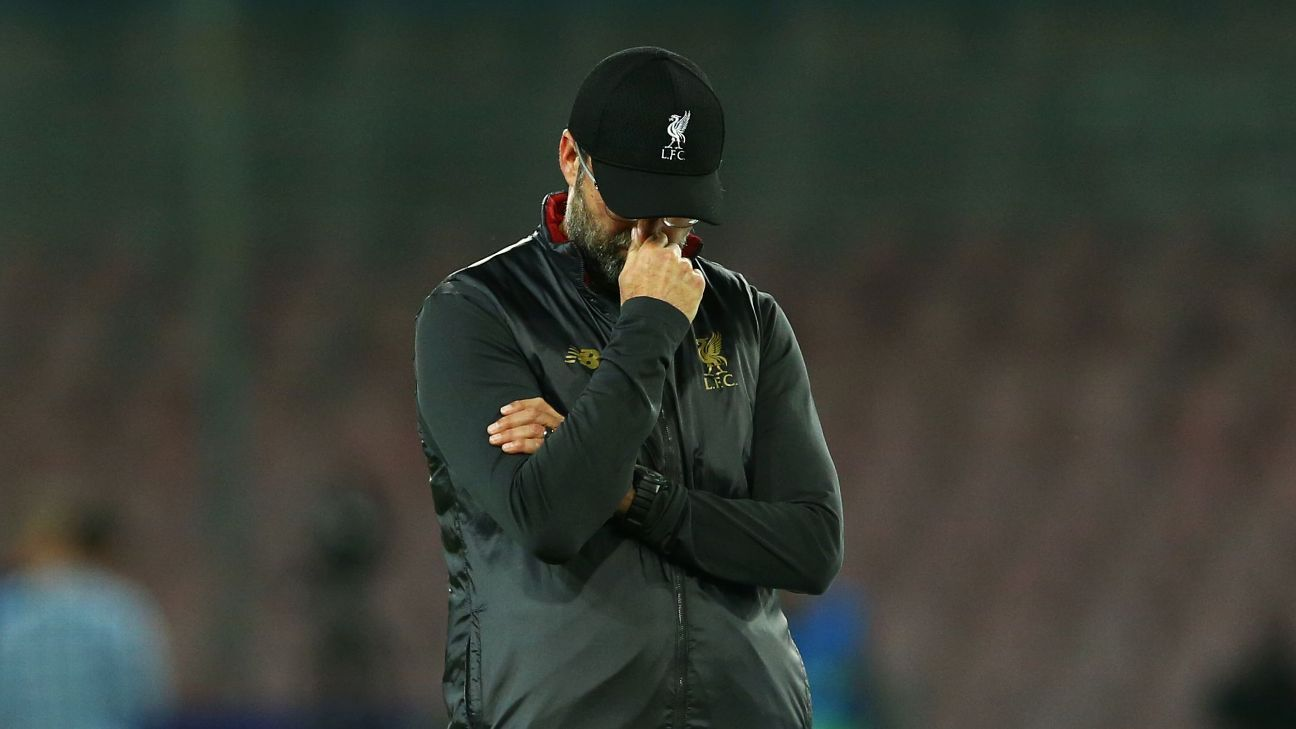 Jurgen Klopp reacts on the sidelines after Liverpool's Champions League loss to Napoli.