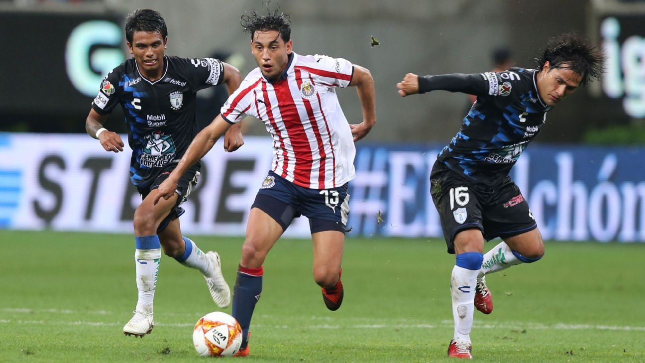 Chivas and Pachuca are two of the four teams battling for the final playoff positions in Liga MX's Apertura.