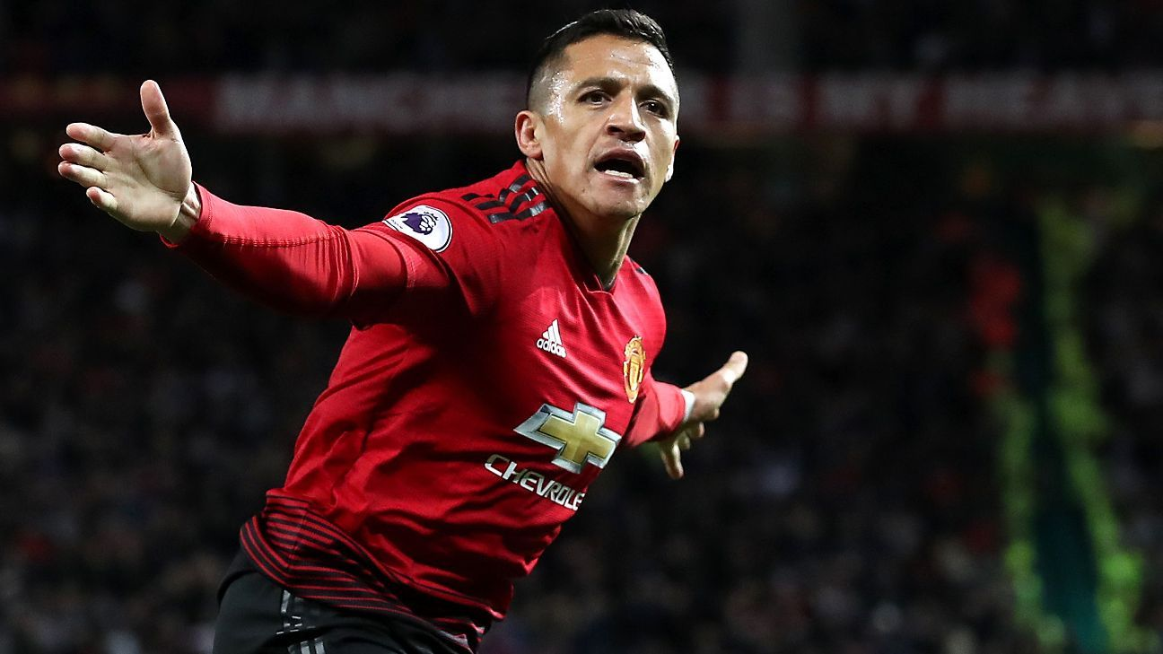Alexis Sanchez celebrates scoring Manchester United's winner against Newcastle.