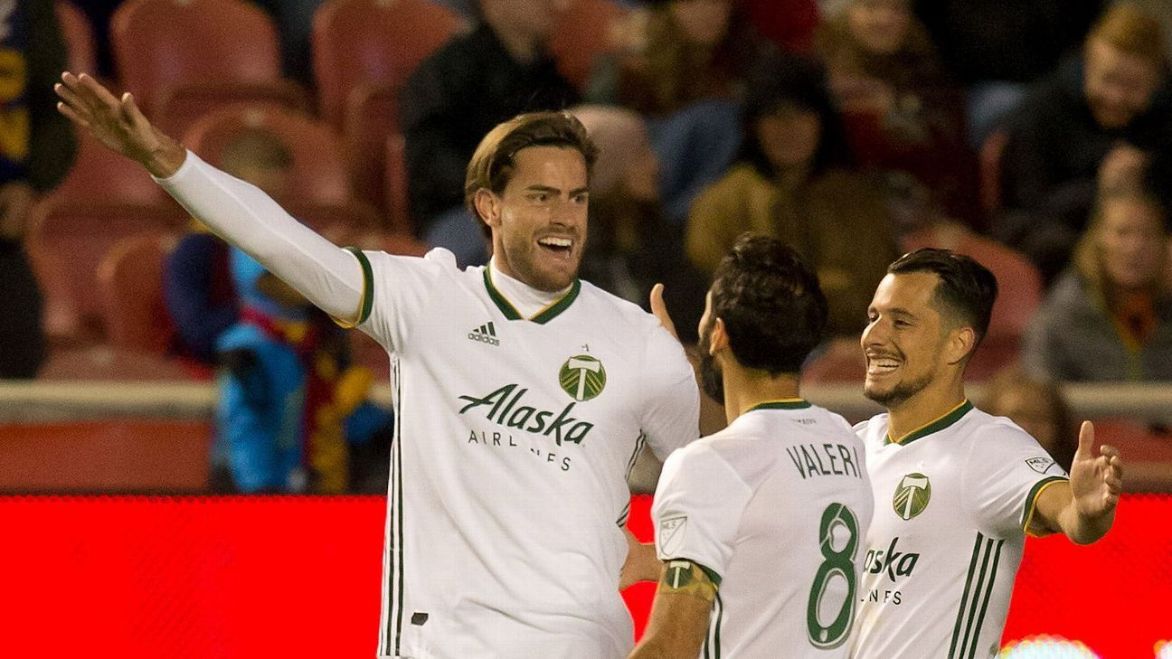 Portland Timbers rout Real Salt Lake, edge closer to playoffs