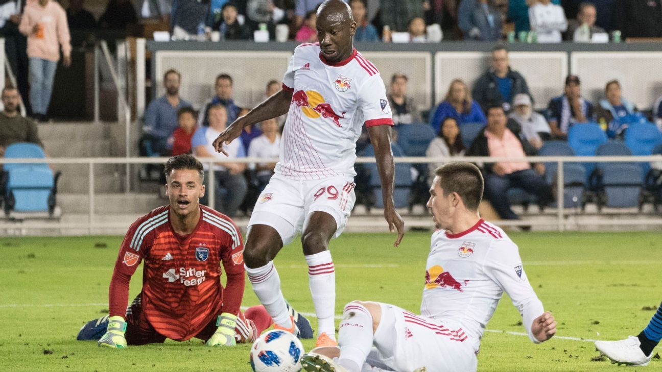 Bradley Wright-Phillips makes goal history as New York Red Bulls trample San Jose Earthquakes