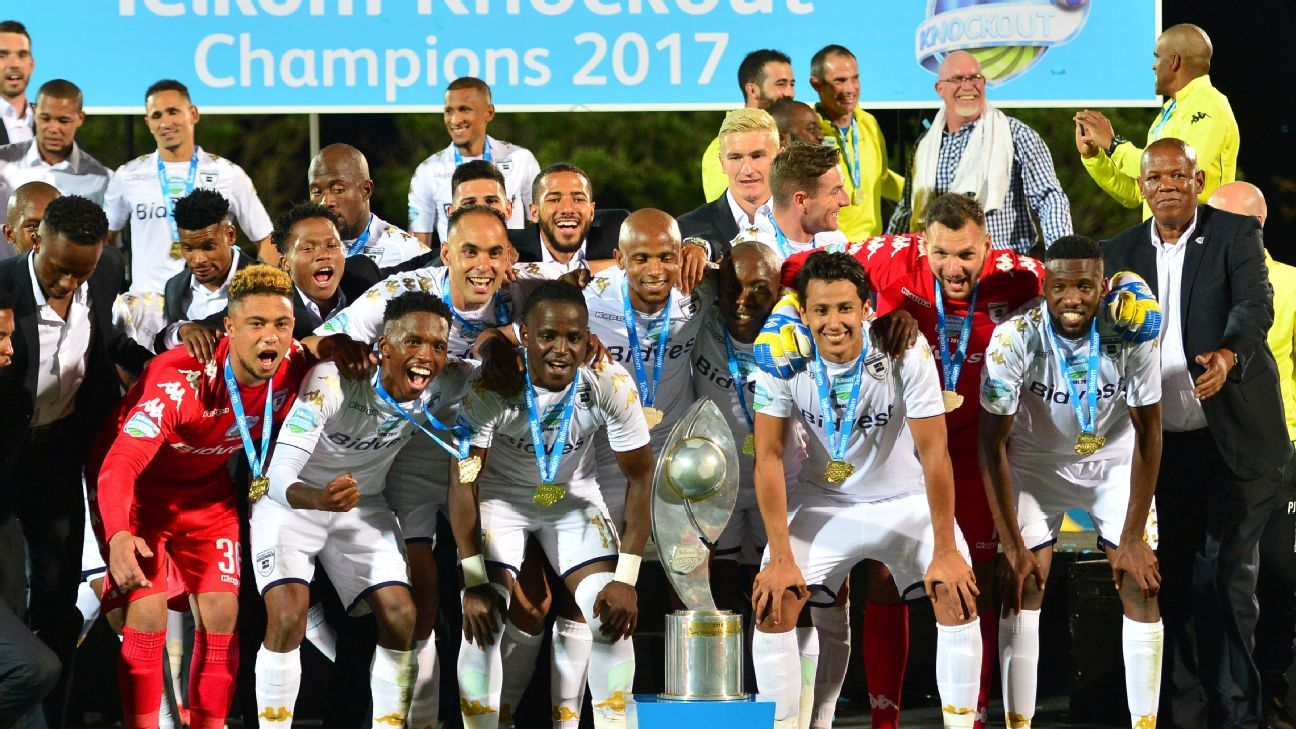 Bidvest Wits celebrate winning the 2017 Telkom Knockout trophy