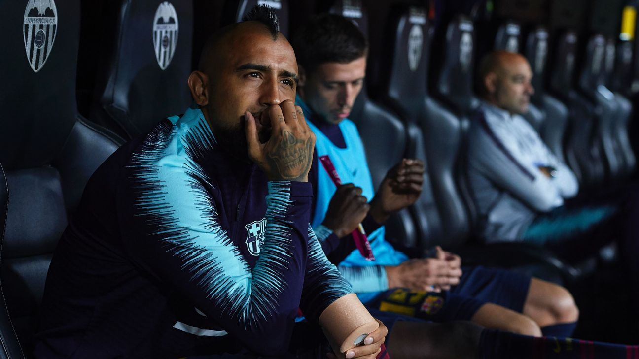 Arturo Vidal has endured a difficult start to life at Barcelona.