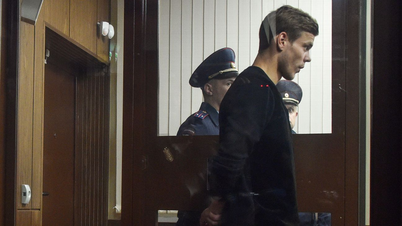 Alexander Kokorin was detained as a suspect in a criminal probe over hooliganism following an unprovoked attack on two government officials.