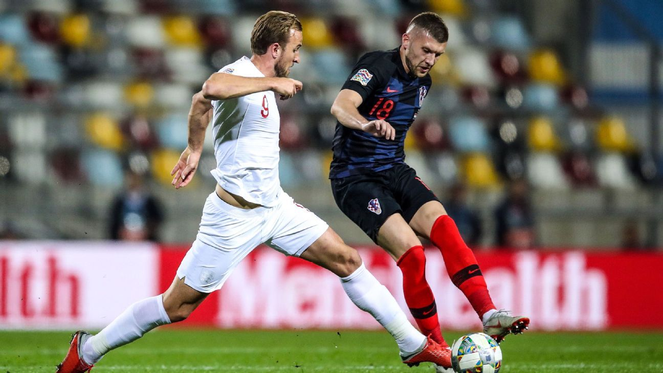 England's forward Harry Kane (L) vies with Croatia's forward Ante Rebic during the UEFA Nations League football match between Croatia and England at Rujevica stadium in Rijeka, on October 12, 2018.