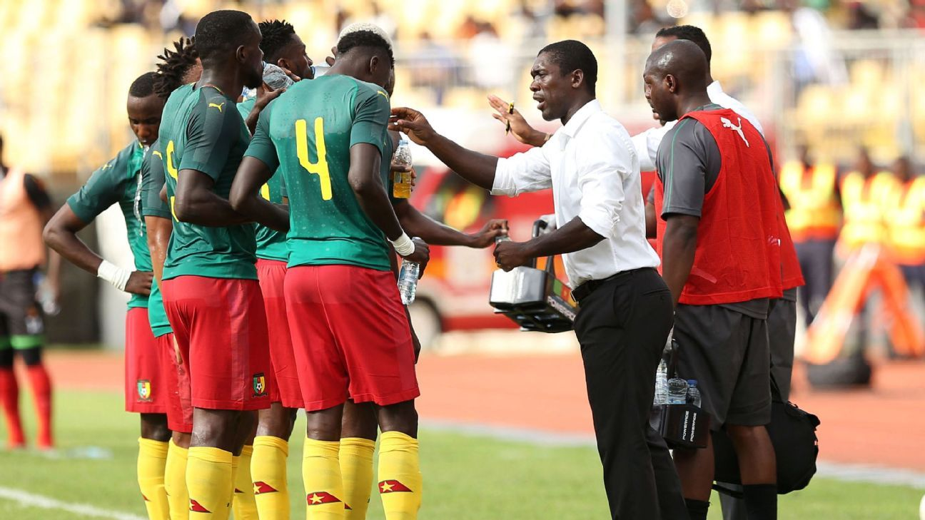 Clarence Seedorf instructs his Cameroon team