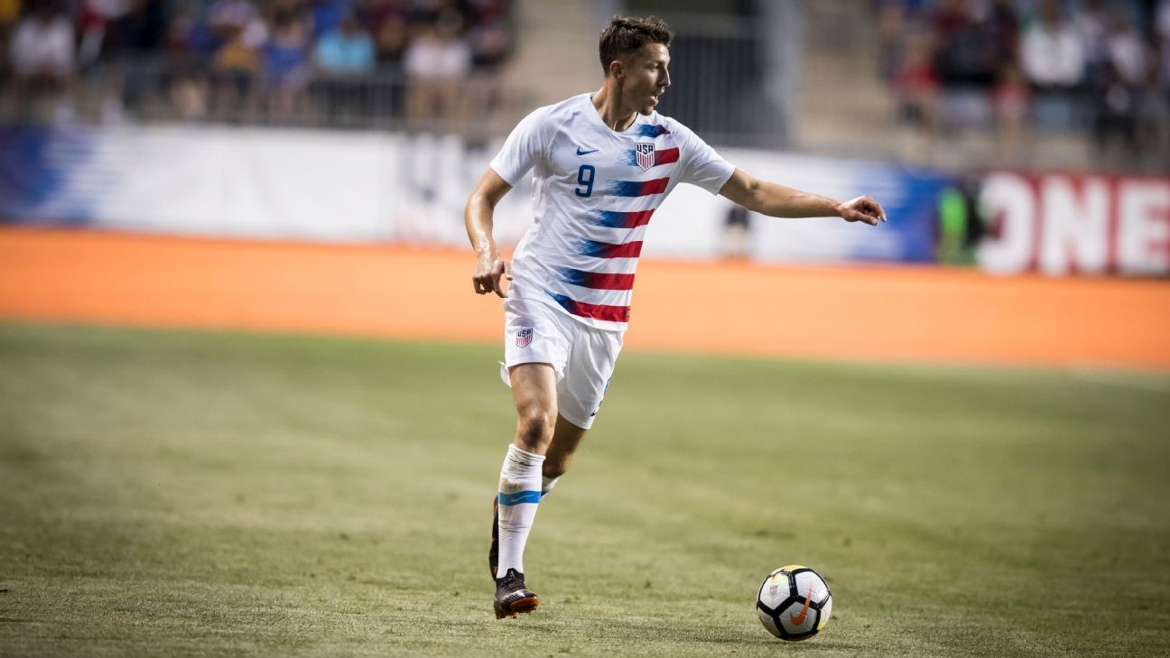 Novakovich has only made a couple of appearances for the USMNT but as Sarachan notes, there's a reason he keeps being called in.