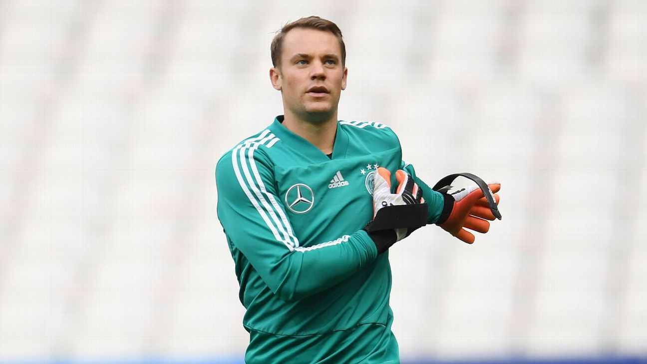 Germany's Manuel Neuer in training