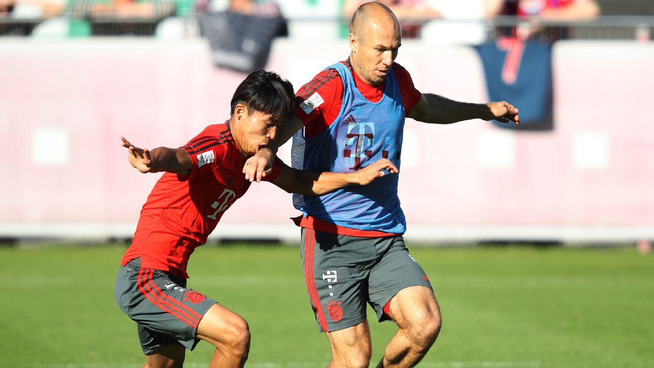 Bayern Munich players in training