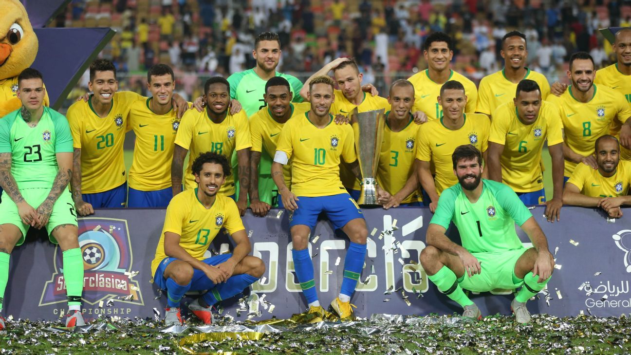 Brazil celebrate after beating Argentina in a friendly.