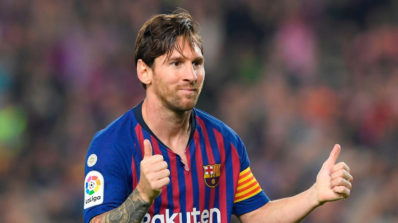 Lionel Messi is back for Barcelona after suffering an arm injury three weeks ago.
