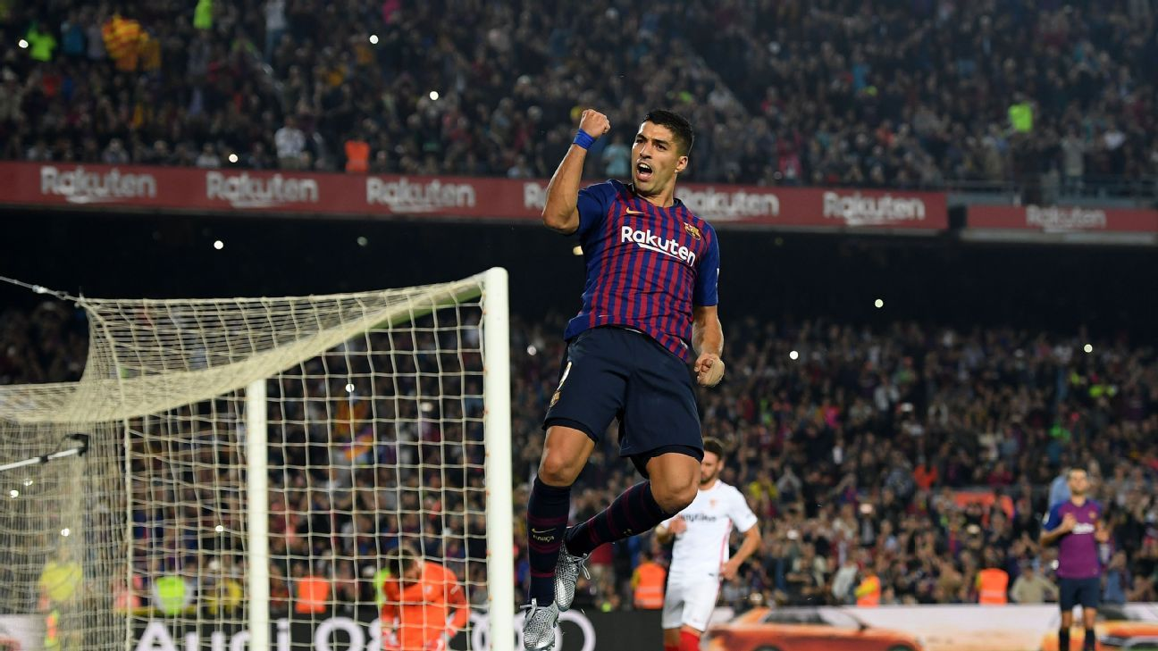 Luis Suarez turned in a vintage performance for Barcelona, scoring a goal and leading the line brilliantly against Sevilla.