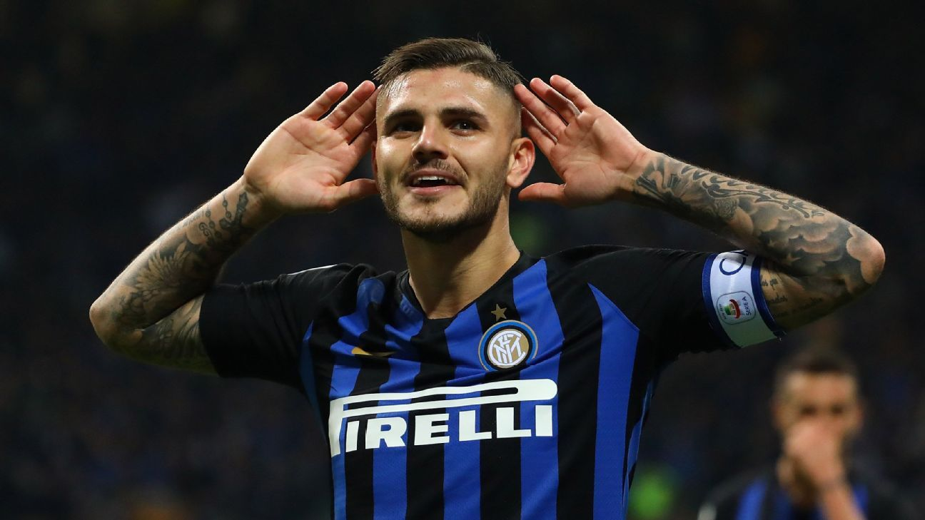 Mauro Icardi celebrates after scoring in Inter's Serie A win over AC Milan.