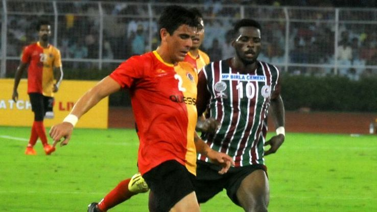Johnny Acosta of East Bengal against Henry Kisseka of Mohun Bagan during Kolkata derby
