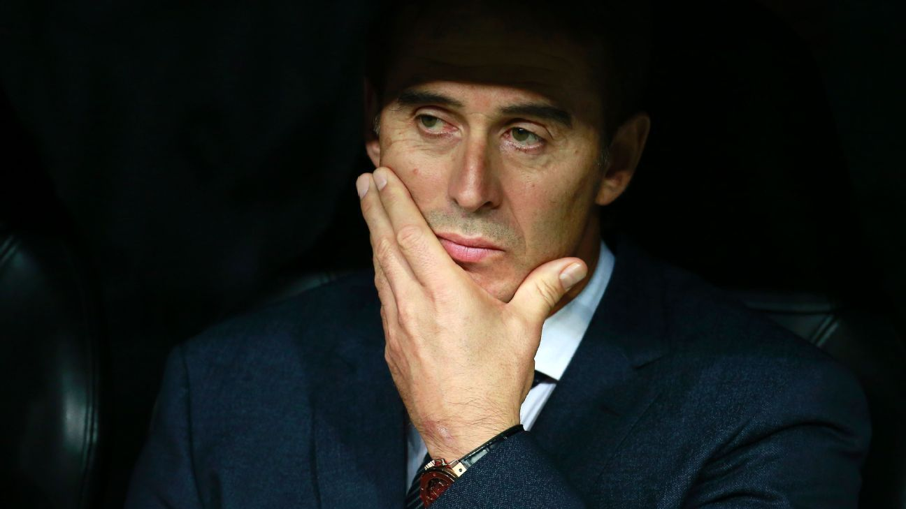 Julen Lopetegui looks on during Real Madrid's Champions League match against Viktoria Plzen.
