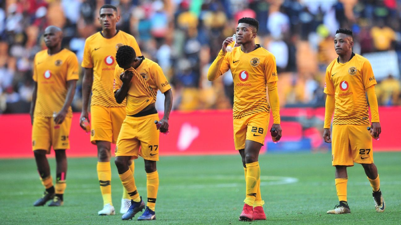 Kaizer Chiefs players dejected after defeat