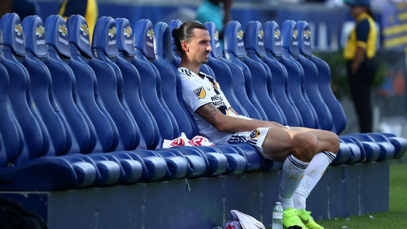 Zlatan Ibrahimovic and the LA Galaxy started strongly but a second-half collapse saw their MLS playoff hopes go up in flames.