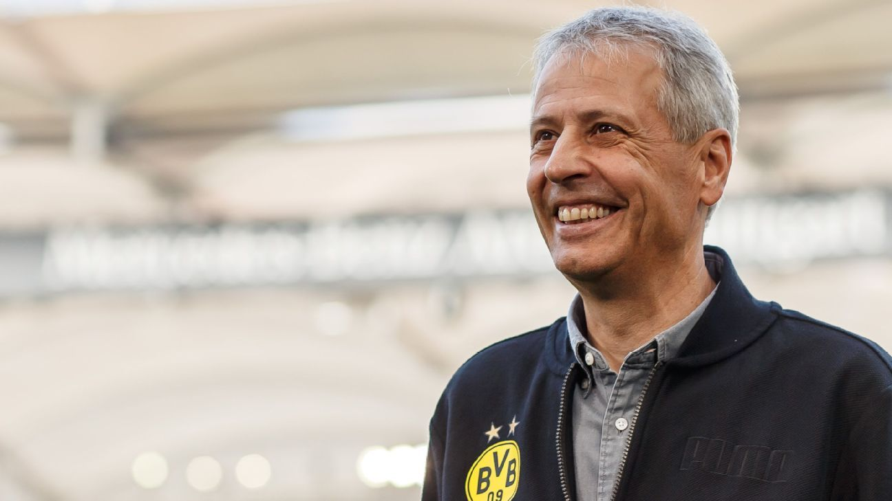 Borussia Dortmund manager Lucien Favre looks on during the Bundesliga match against VfB Stuttgart.