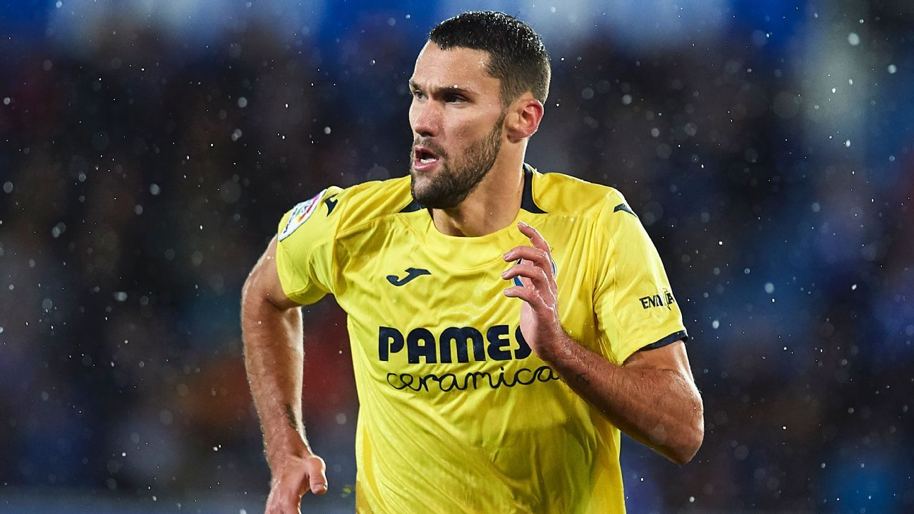 Alfonso Pedraza in action for Villarreal