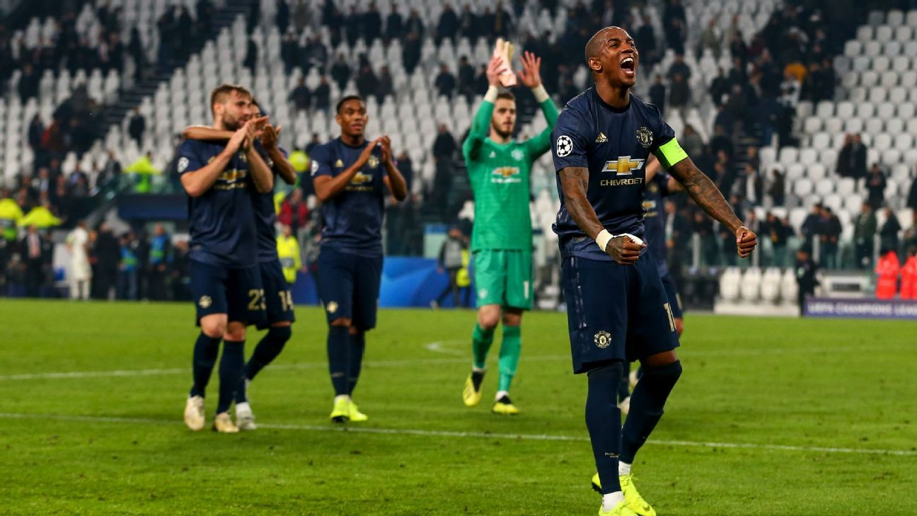 Ashley Young of Manchester United celebrates at full time