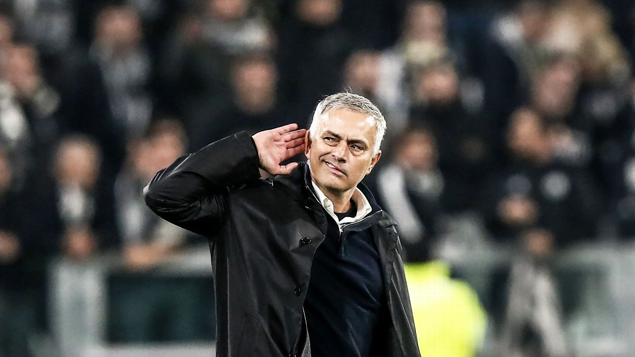 Manchester United's Portuguese manager Jose Mourinho gestures towards the public at the end of the UEFA Champions League group H football match Juventus vs Manchester United at the Allianz stadium in Turin on November 7, 2018.