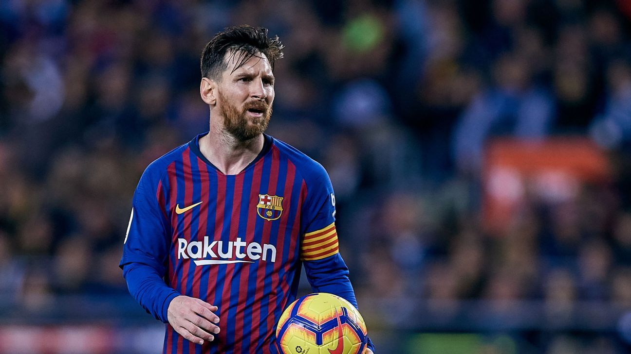 Lionel Messi scored twice in his return from an arm injury but  it was not enough against Real Betis.