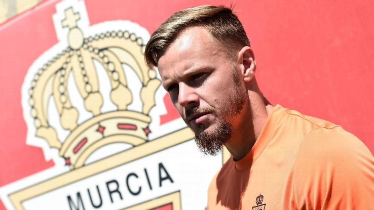 Real Murcia's new English defender Charlie Dean I'Anson