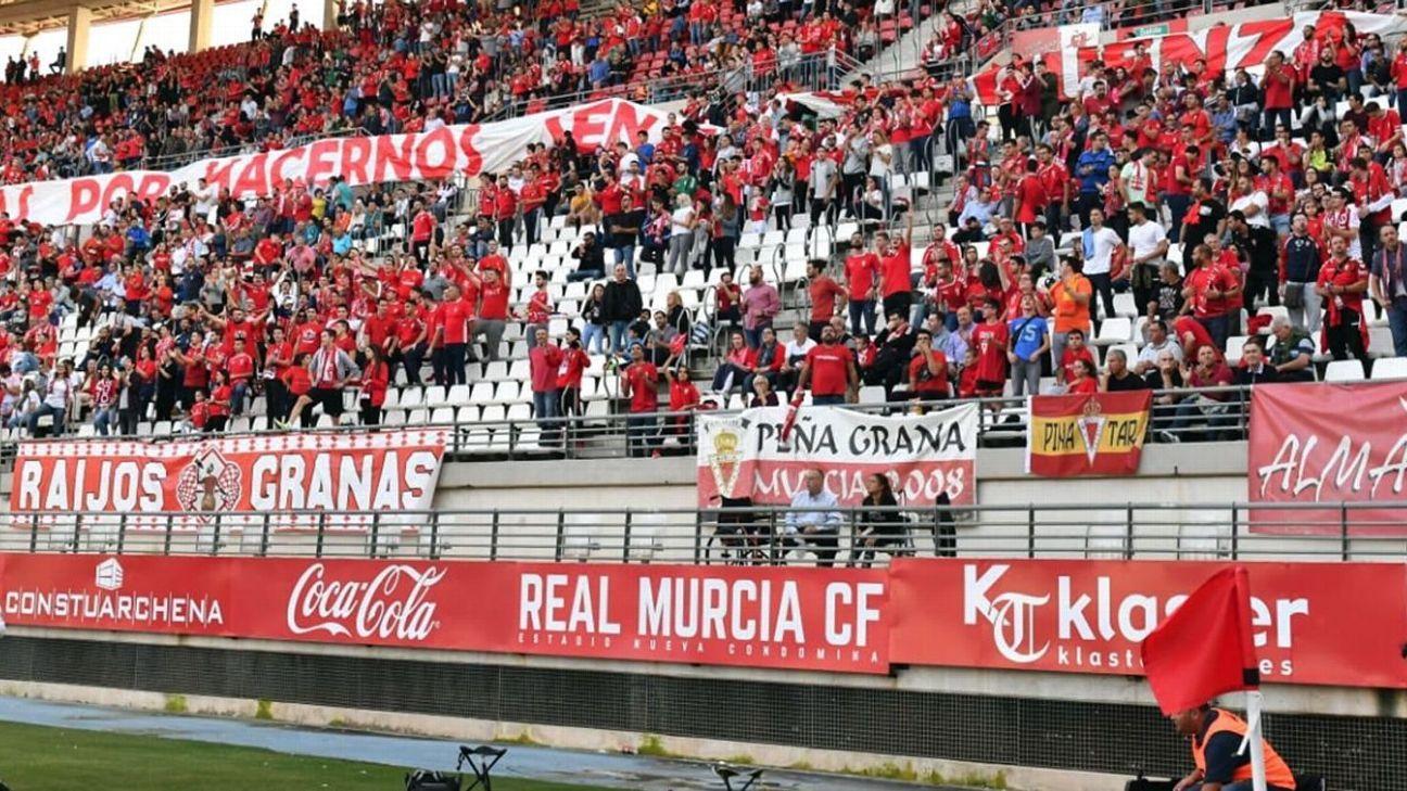 Real Murcia fans
