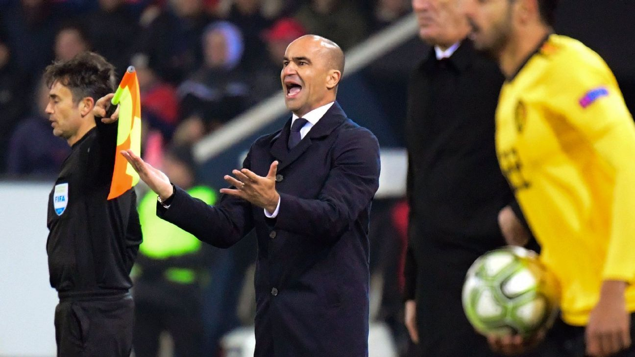 Roberto Martinez shouts instructions to his players during Belgium's loss to Switzerland.