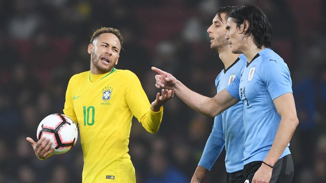 Paris Saint-Germain teammates Neymar and Edinson Cavani clashed during the friendly between Brazil and Uruguay