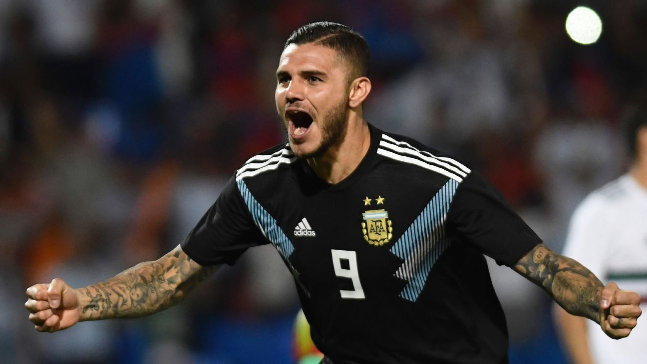 Mauro Icardi celebrates after scoring in Argentina's friendly against Mexico.