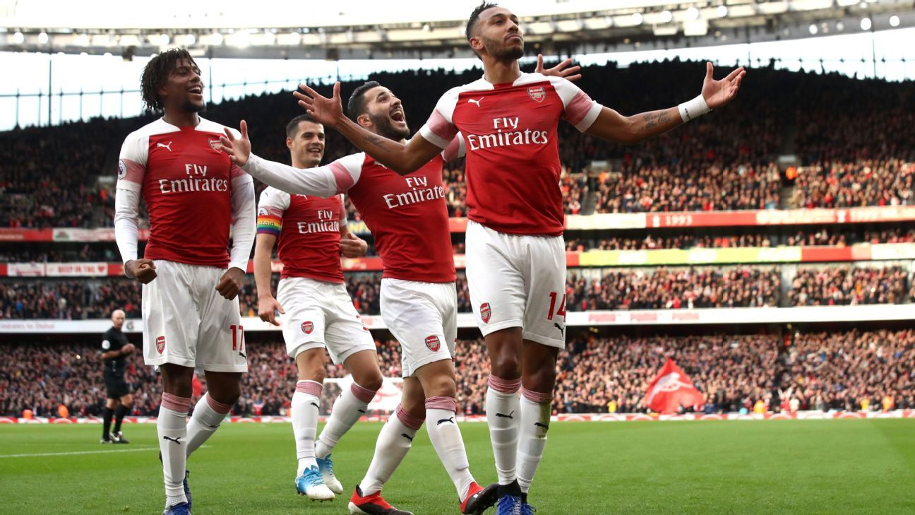 Pierre-Emerick Aubameyang celebrates after scoring for Arsenal against Tottenham.