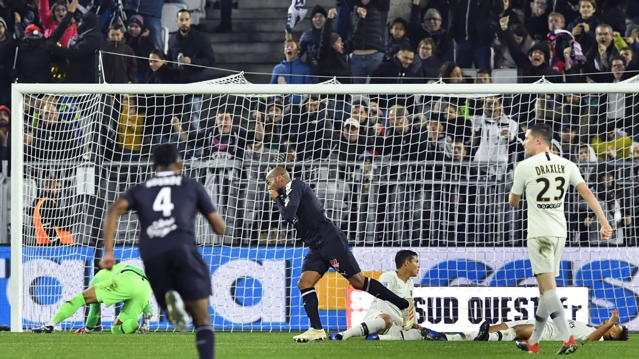 PSG dropped their first points of the season in Ligue 1, Bordeaux twice equalising after going down a goal.