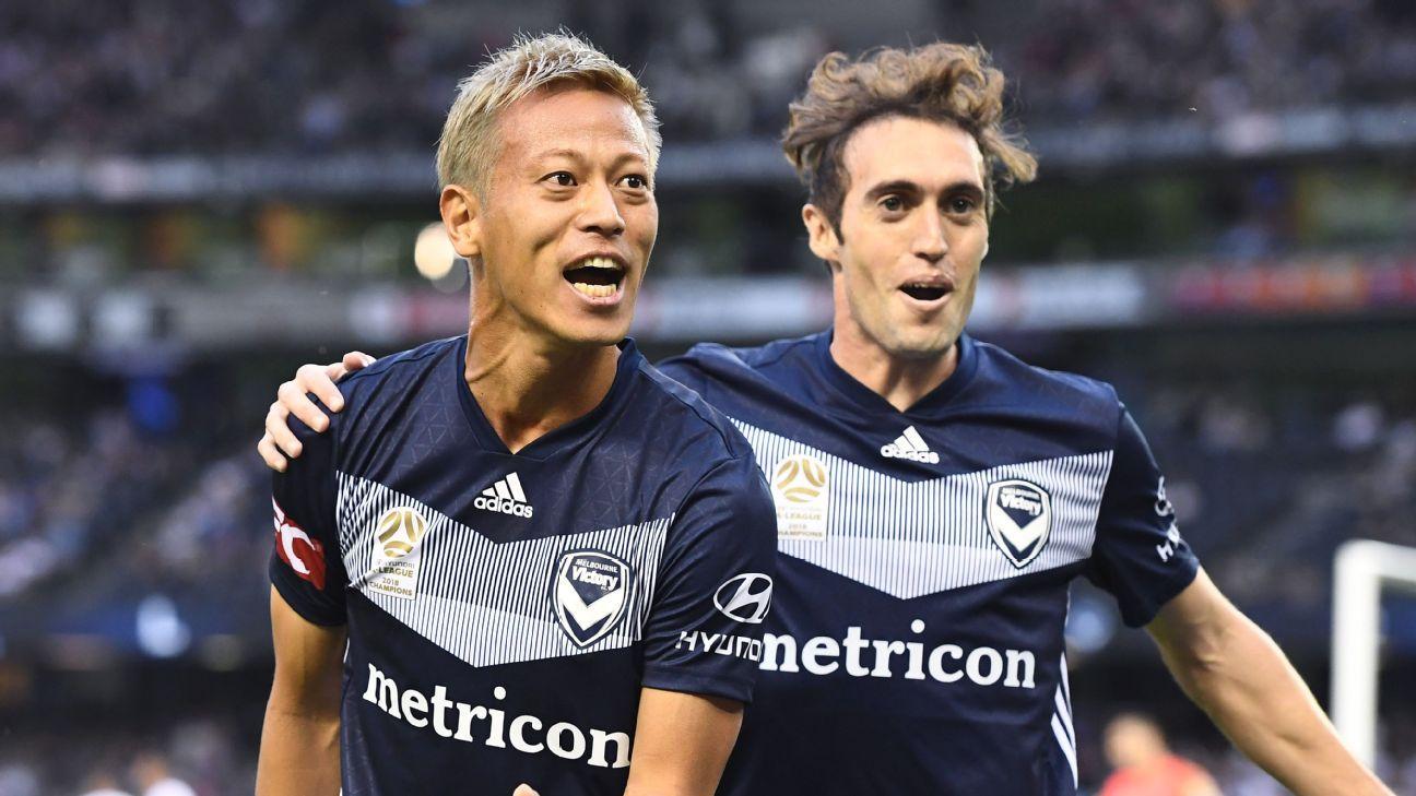 Keisuke Honda and Raul Baena
