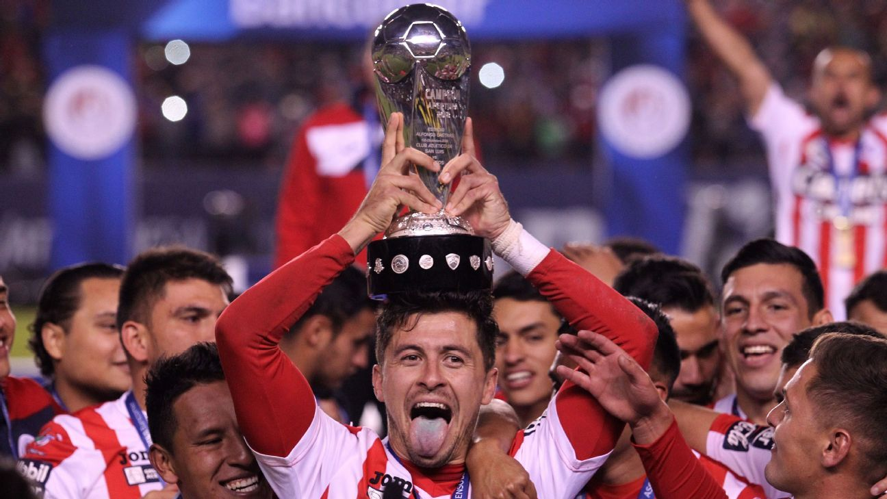 Atletico San Luis players celebrate the the Mexican second division title
