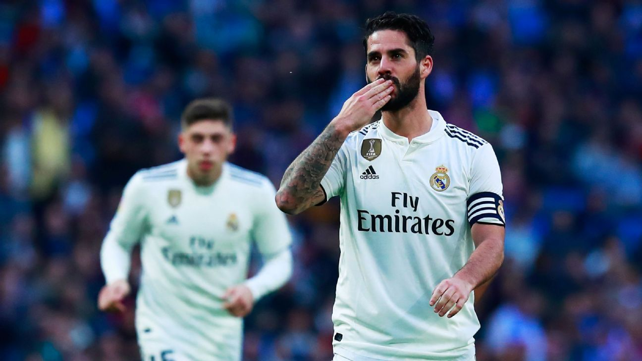 Isco celebrates after scoring a goal for Real Madrid in the Copa del Rey.