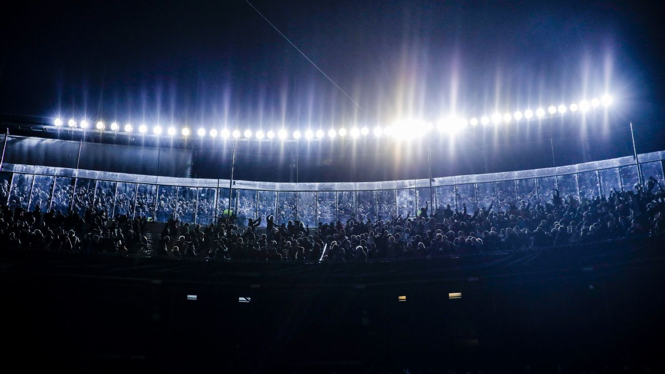 Tottenham fans celebrate Champions League knockout qualification at Barcelona