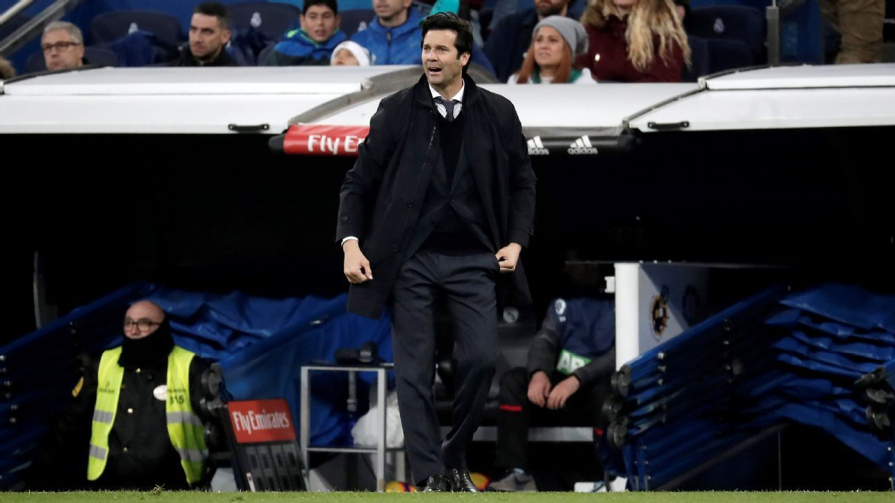 Real Madrid Santi Solari shouts instructions to his players during their match against Rayo Vallecano.