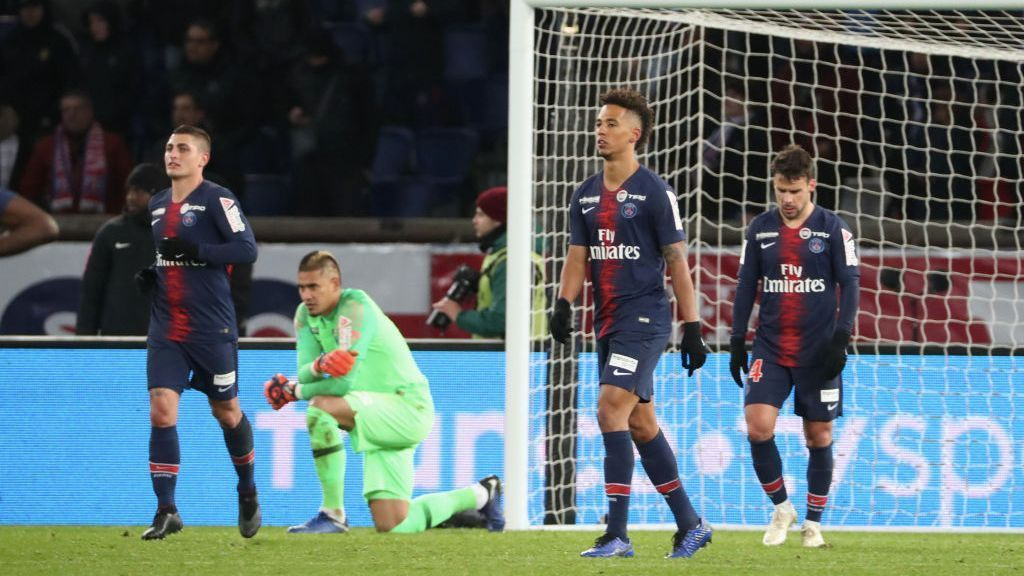 PSG players react after a Coupe de la Ligue loss to Guingamp.