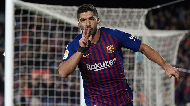 Luis Suarez celebrates as he scores his second and Barcelona's third in a 3-0 win over Eibar
